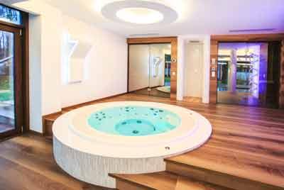 Гидромассажный бассейн построен ГК Теплоконсалт